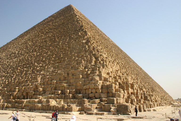 La pyramide du louvre paris nu - Inauguration pyramide du louvre ...