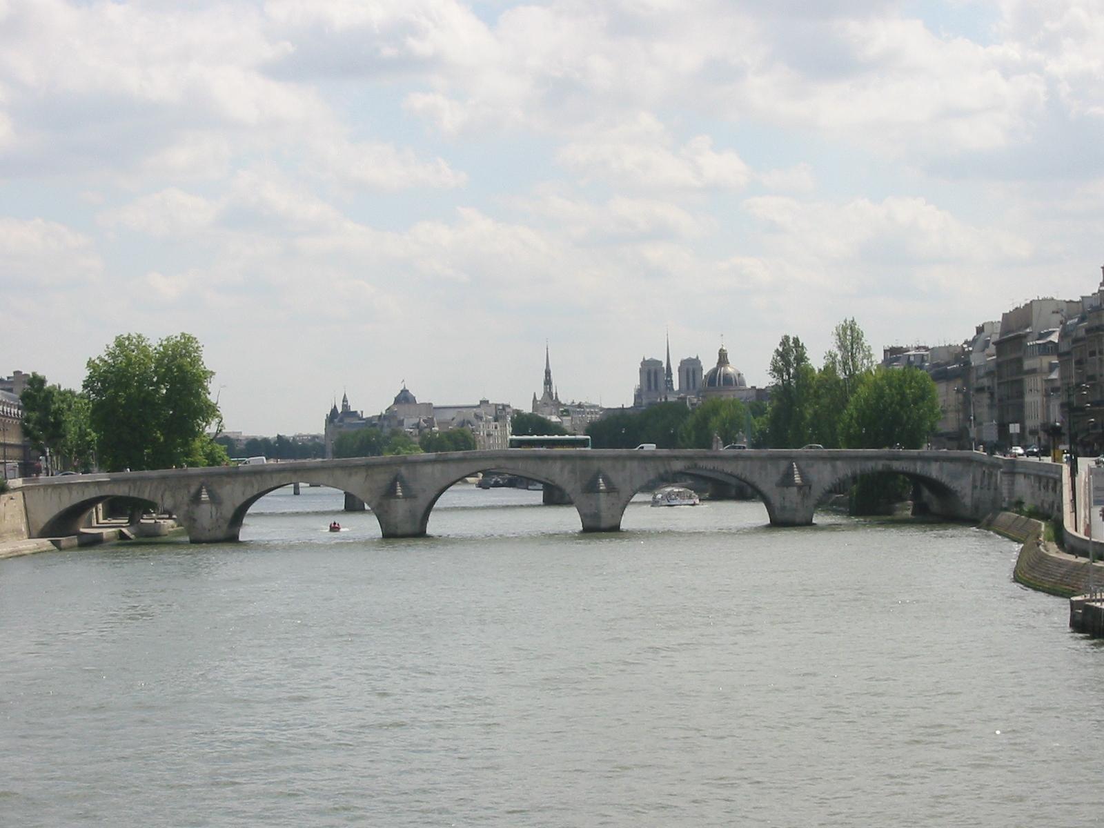 L amour en dix neuf ponts paris nu - Le pont de lamour a paris ...