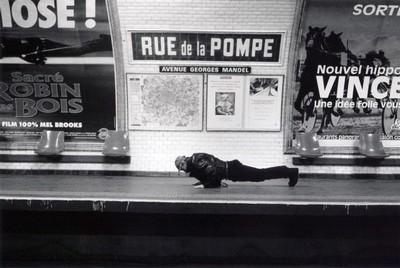 Metropolisson-Janol-Apin-Metro-Rue-de-la-Pompe-