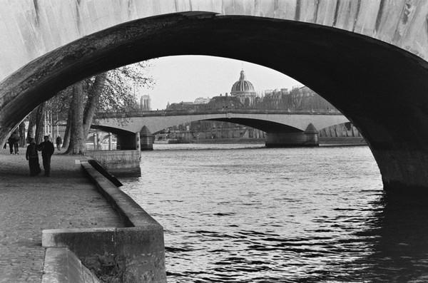 Sous-les-ponts-de-Paris