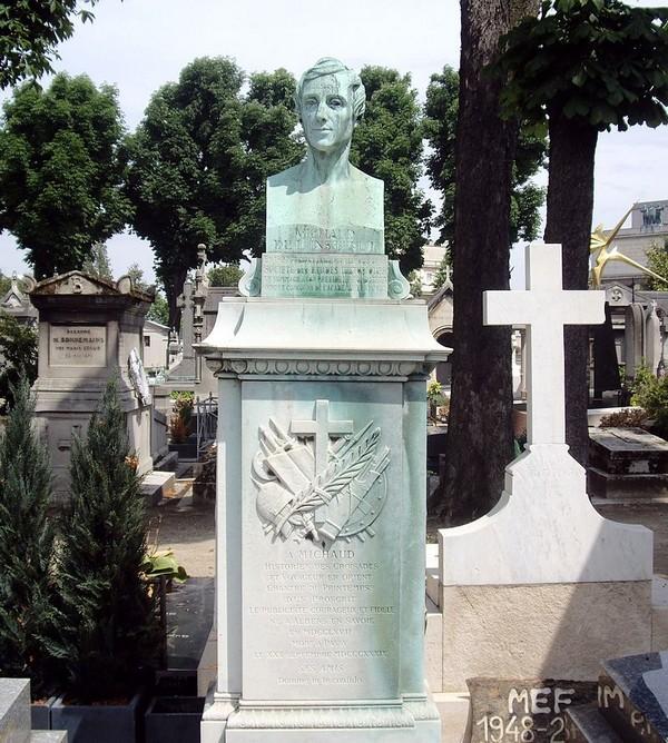 Tombe_Joseph-François_Michaud,_Cimetière_de_Passy,_Paris
